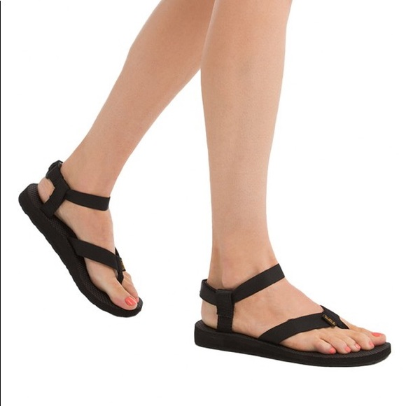 7e69288d94c0 NIB Teva women s original black sandals